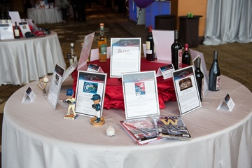 table with silent auction items