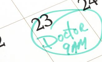 calendar-with-date-circled-in-green-for-doctor-appointment