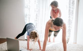 mom-doing-online-yoga-with-kids