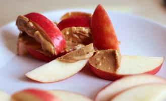 apples-peanut-butter